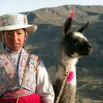 Bambina con vestiti tipici, Perù. Author and Copyright Nello and Nadia Lubrina