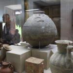 Vasi in terracotta, Museo del vetro e della ceramica, Teheran, Iran. Autore e Copyright Marco Ramerini