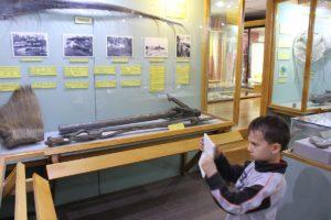 Fotografo all'opera, Museo Maggiorino Borgatello, Punta Arenas, Cile. Autore e Copyright Marco Ramerini
