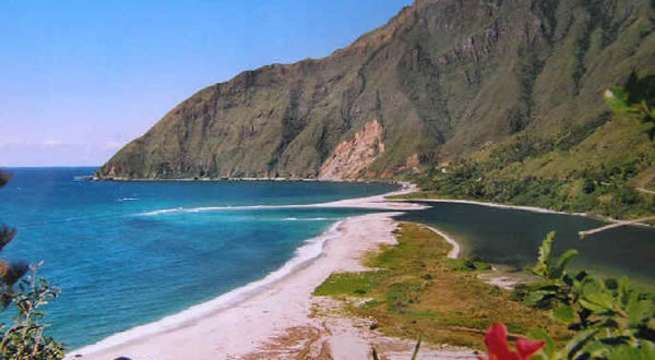 Bac de l'Ouaieme, Grande Terre, Nuova Caledonia. Author and Copyright Marco Ramerini