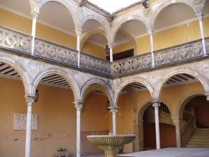 Patio de la Casa las Torres, Ubeda, Andalusia, Spagna. Author and Copyright Liliana Ramerini