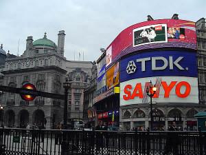 Piccadilly Circus, Londra, Regno Unito. Autore e Copyright Marco Ramerini