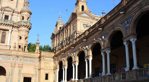 Plaza de España, Siviglia, Andalusia, Spagna. Author and Copyright Liliana Ramerini...