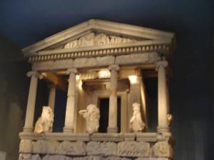Tempio Greco, British Museum, Londra. Author and Copyright Niccolò di Lalla