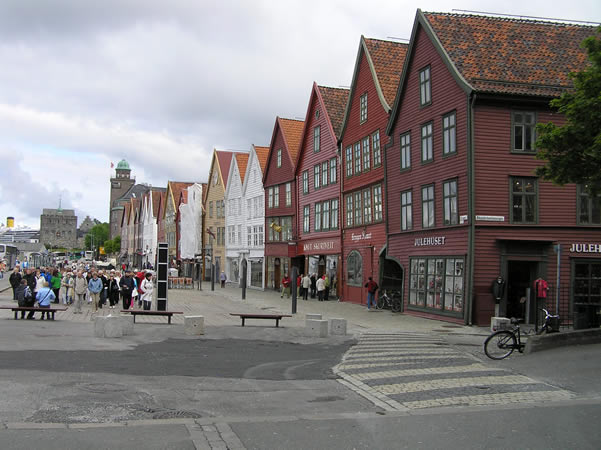 Bryggen, Bergen, Norvegia. Author and Copyright Marco Ramerini,