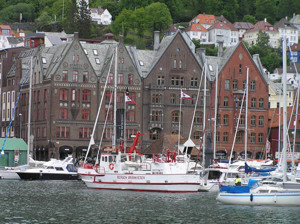 Bryggen, Bergen, Norvegia. Author and Copyright Marco Ramerini