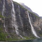 Cascata delle Sette Sorelle (De Syv Sostrene), Fiordo di Geiranger (Geirangerfjord). Autor and Copyright Marco Ramerini