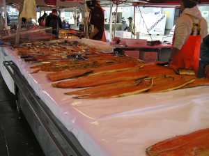 Mercato del Pesce (Fisketorget) di Bergen. Author and Copyright Marco Ramerini..