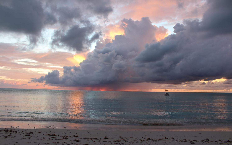 Tramonto spettacolare, Cape Santa Maria Beach Resort, Long Island, Bahamas. Autore e Copyright Marco Ramerini
