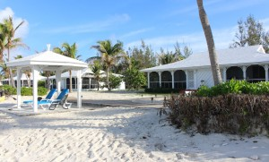 Two-Bedroom Beachfront Bungalow, Cape Santa Maria Beach Resort, Long Island, Bahamas. Autore e Copyright Marco Ramerini