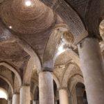 Interno, Moschea del Venerdì (Moschea Jāmeh), Esfahan, Iran. Autore e Copyright Marco Ramerini