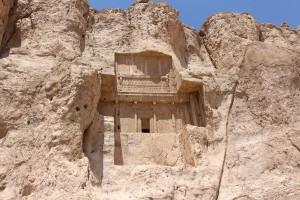 La tomba di Artaserse I, Naqsh-e Rostam, Iran. Autore e Copyright Marco Ramerini