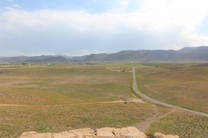 Pasargade vista dalla fortezza di Tall-e Takht, Iran. Autore e Copyright Marco Ramerini