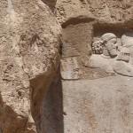 Resti dell'antico bassorilievo elamita, Naqsh-e Rostam, Iran. Autore e Copyright Marco Ramerini.