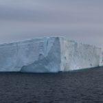 Iceberg tabulare, Hope Bay (Bahía Esperanza), Antarctic Sound, Antartide. Autore e Copyright Marco Ramerini
