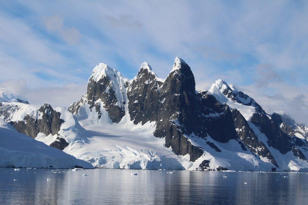 L'ingresso del Lemaire Channel, Antartide. Autore e Copyright Marco Ramerini