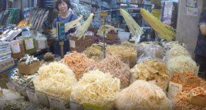 Singi (Shingi) Market, Incheon, Corea del Sud. Autore e Copyright Marco Ramerini.,..