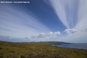 Panorama su tutta l'isola dal vulcano Poike, Isola di Pasqua, Cile. Autore e Copyright Marco Ramerini.