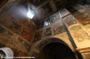 Affreschi, Convento di Bodbe, Sighnaghi, Georgia. Autore e Copyright Marco Ramerini