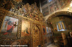 L'interno del Convento di Bodbe, Sighnaghi, Georgia. Autore e Copyright Marco Ramerini
