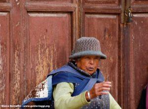 Donna, Baisha, Yunnan, Cina. Autore e Copyright Marco Ramerini.