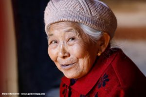 Donna, Shaxi, Yunnan, Cina. Autore e Copyright Marco Ramerini.