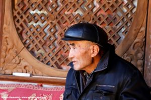 Uomo, Shaxi, Yunnan, Cina. Autore e Copyright Marco Ramerini