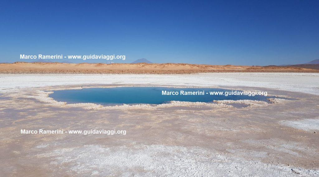 Le pozze di Ojos de Mar, Tolar Grande, Argentina. Autore e Copyright Marco Ramerini
